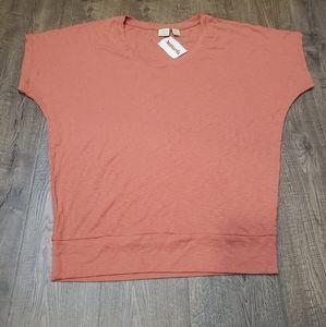 Lucy & Laurel Women's Asymmetrical Shirt Large